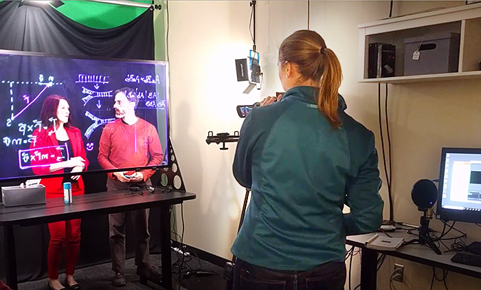 Filming Instructors using the Learning Glass in the CETL Studio